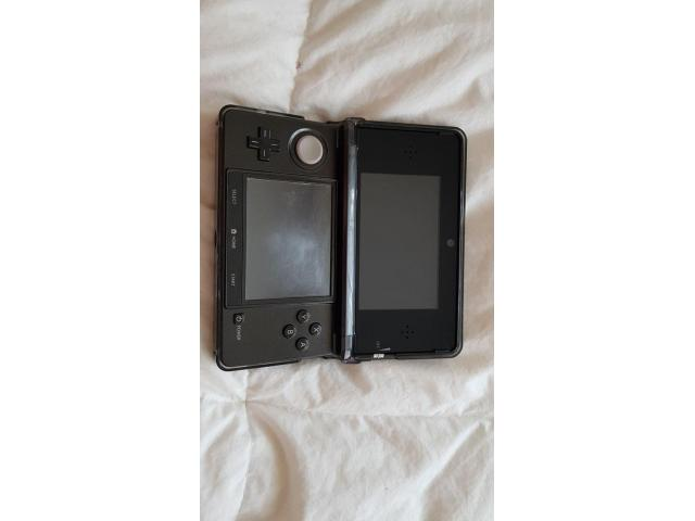 Nintendo 3DS black very good condition